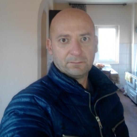 Profile picture of miko