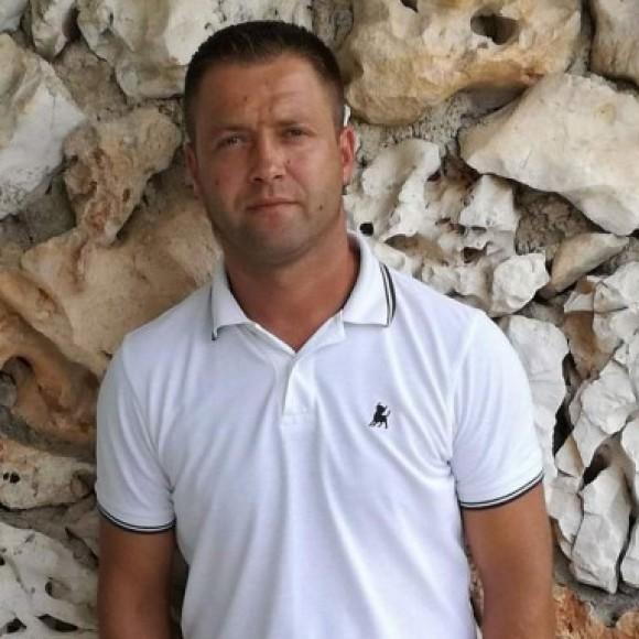 Profile picture of Malikc