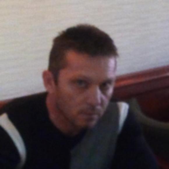 Profile picture of toni