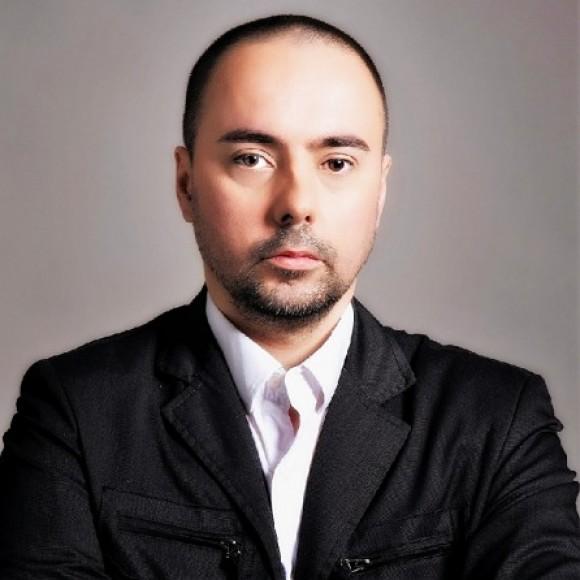 Profile picture of Momak