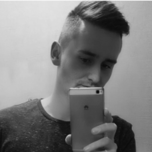 Profile picture of Denis